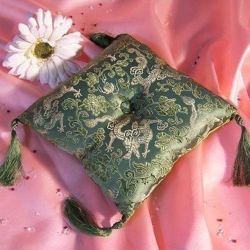 Coussin vert pour Bol Chantant 18 x 18 cm